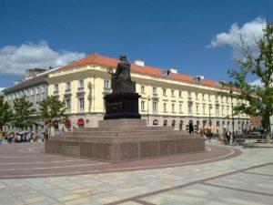 Hotel-Harenda-Warszawa-Wycena-Nieruchomości-komercyjnych-Tomasz-Górski-Rzeczoznawca
